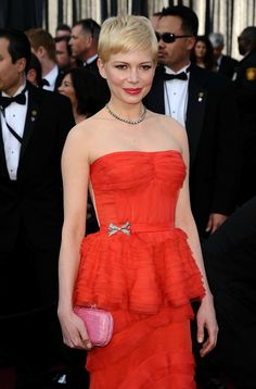 Oscar 2012. Michelle Williams, de Louis Vuitton. Very Red.