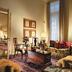 LUXURY HOTELS - Connoisseur's Collection