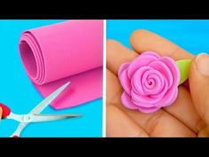 Felt Flower Wreaths, Paper Flowers Diy, Paper Roses, Felt Flowers, Flower Crafts, Fabric Flowers, Dyi Crafts, Foam Crafts, Creative Birthday Cards