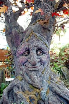 it would be perfect for my fairy garden. it would be perfect for my fairy garden. Wood Carving Faces, Tree Carving, Wood Carving Art, Wood Art, Wood Sculpture, Sculptures, Nature Verte, Weird Trees, Tree People