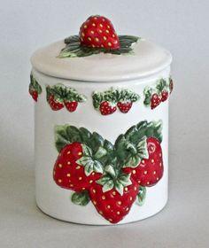 Strawberry Kitchen, Strawberry Farm, Strawberry Patch, Strawberry Fields, Strawberry Delight, Strawberry Decorations, Kitchen Canisters, Kitchenware, Cute Kitchen