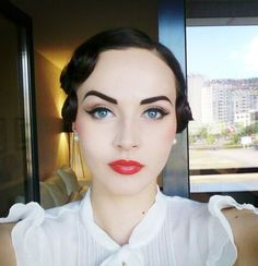 Retro Makeup Tutorial... so pretty!!  Red lips. Winged eyeliner.