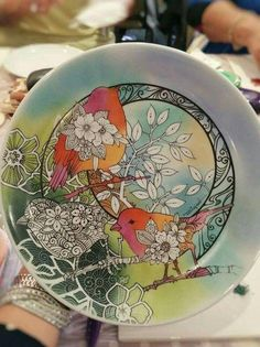 Adding pottery to your home décor is an innovative way of lighting it up and grabbing people's attention. As pottery is so diverse, incorporating it into your interior also offers the perfect oppor… Painted Plates, Hand Painted Ceramics, Plates On Wall, Pottery Painting, Ceramic Painting, Ceramic Art, Glazes For Pottery, Ceramic Pottery, China Painting