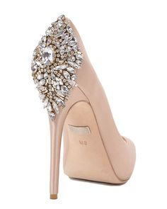 KIARA by Badgley Mischka  $245