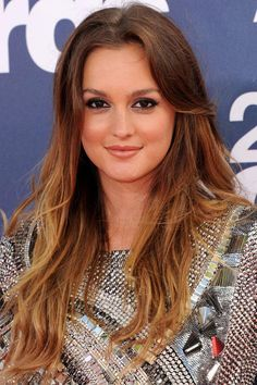 Leighton Meester's Ombré Look~ this is who I copied off of for my ombré hair :D