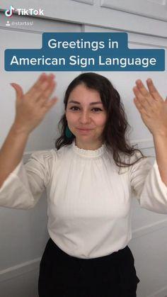 Sign Language Chart, Sign Language Phrases, Sign Language Alphabet, American Sign Language, Learn Sign Language Free, Learning Languages Tips, Learning Asl, Asl Signs, Language Lessons