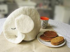 teacosy elephant