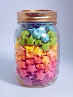 DIY- Origami Stars⭐️⭐️ - My latest find on Trusper will literally blow you away. Like seriously, you need to hold on to your seat. Origami Lucky Star, Origami Stars, Origami Flowers, Diy Origami, Paper Crafts Origami, Origami Boxes, Dollar Origami, Origami Ball, Diy Arts And Crafts