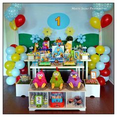 Galinha Pintadinha Birthday Party via Karas Party Ideas | KarasPartyIdeas.com #galinha #pintadinha #birthday #party (24)