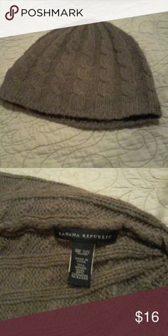 WARM! Banana Republic wool/cashmere blend beanie Banana Republic, super cute and warm, soft 70% Merino wool 30% cashmere blend knit, light brown color, beanie new with out tags condition Banana Republic Accessories Hats