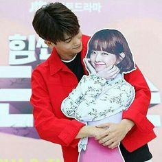 Hyung sik strong woman do bong soon drama ❤❤ Strong Girls, Strong Women, Super Power Girl, Strong Woman Do Bong Soon, Park Hyung Shik, Park Bo Young, Hyung Sik, Romance, Bongs