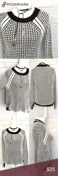 "Hear N Crush Sof Hobo Sweater Size M EUC Excellent used condition. Flawless. Heart n Crush Black and white knit sweater Very soft, very light Size M Suitable for Small to Large Sizes Bust 19.5"", Length 22"" front, 24"" back Sleeves are cuffed, sleeve length 27"" with cuff folded up measured from the collar bone Please note this sweater was only worn and washed once. No balling from wear. There is a natural shabby look of the yarn. See it in the cuffed sleeve picture. EUC as decribed:o) Canvas…"