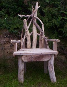 http://www.juliasdriftwood.co.uk/Images/GalleryPics/Large/Chairs/Driftwood%20Chair%2003.jpg