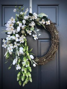 White Wreath, Wedding Wreaths, Memorial Wreath, White Door Wreath, Spring Wreaths, White Door Decor, Gift for Her, Mothers Day, Fun Wreath This is a lovely white floral wreath, with flowing greenery, built on an 18 inch base but measures closer to 20 x 28 inches at tips. *Please