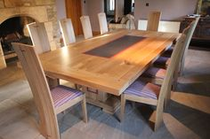The Oak Dining Table And Chairs - http://www.diningimage.com/the-oak-dining-table-and-chairs/