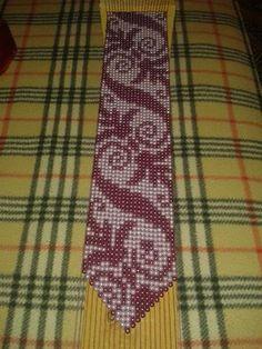 تعليم فنون الخياطة والأشغال اليدوية كخياطة الراندة Loom Bracelet Patterns, Bead Loom Patterns, Loom Bracelets, Motifs Perler, Loom Beading, Bead Crafts, Crochet, Seed Beads, Cross Stitch