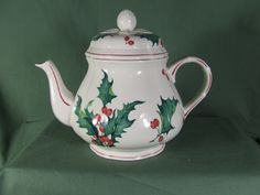 VILLEROY AND BOCH CHRISTMAS HOLLY TEAPOT WITH LID | eBay
