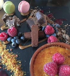 Har i dag været i dessert-himlen på @lalala_cph #foodlife #homemade #chokolate #berries #french #restaurant #christianshavn #københavn #kbh #instagram