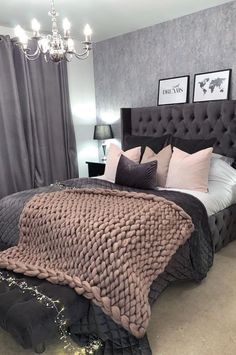 Girl Room Decor Ideas - How do I make my room aesthetic? Girl Room Decor Ideas - What's the best color for a teenage girl's bedroom? Classy Bedroom, Room Ideas Bedroom, Bedroom Makeover, Bedroom Themes, Home Decor, Bedroom Inspirations, Small Room Bedroom, Room Decor Bedroom, Modern Bedroom
