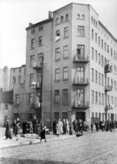 Lodz, Poland, 1940, A ghetto building.