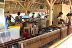 グリーン・スクール(Green School)(バリ, インドネシア)|これが学校?もはや世界遺産レベル⁉バリを訪れたら絶対に見るべきグリーンスクールの驚異的な建築群(Masayuki Okaさん) - 49