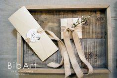 3.50 cad - invito segnalibro con folder pocket - 50 pezzi Wedding Invitations, Gift Wrapping, Gifts, Sanitary Napkin, Couples Wedding Shower Invitations, Paper Wrapping, Presents, Wedding Invitation Cards, Wrapping Gifts