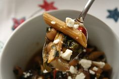 Roasted Garlic and Red Pepper Minestrone