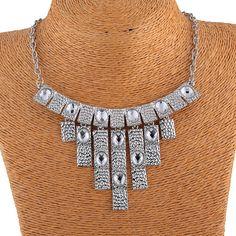 Chic Zinc Alloy Metal Tassel Charm Pendant Inlay Crystal Women Chokers Jewelry Necklace