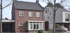 Jaren 50 huis met erker en geveldak