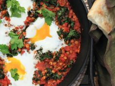 Spicy Tomato Sauce With Lentils and Baked Eggs