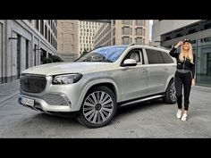 World's Most Expensive Low Rider - Maybach GLS 600 - YouTube Mercedes Maybach, Benz G, Low Rider, Playbuzz, Most Expensive, All Cars, Beverly Hills, Luxury Cars, Classic Cars
