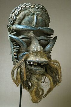 Bete mask, Côte d'Ivoire (Ivory Coast). (by ARTENEGRO African Tribal Arts) Quelle: Flickr / artenegro