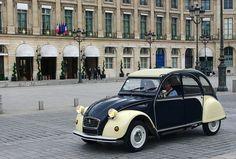 Citroen 2cv Dolly on Place Vendôme, Paris