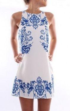 Retro Print Sleeveless Shift dress