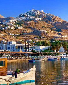 Pure beauty of 📍Serifos island (Σέριφος) Cyclades Greece, Santorini Villas, Myconos, Greek Wedding, Acropolis, You Are Amazing, Ancient Greece, Greek Islands, Traveling By Yourself