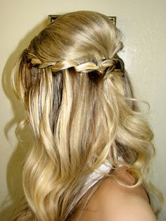 victorian braid tutorial!... Wish it was easy to do on yourself. I need a personal hair braider!