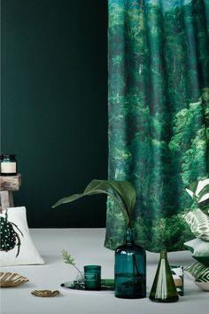 Large glass vase - Olive green - Home All Large Glass Vase, Colored Glass Vases, Grand Vase En Verre, Sweet Home, Tropical Bathroom, H & M Home, Green Rooms, Budget Bathroom, Vases Decor