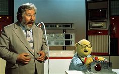 Peter Ustinov and Dr. Bunson on the set of the muppets 1976
