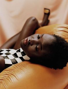 Adut Akech photographed by Tyler Mitchell for M Le Monde Du Mode Magazine February 2019 Uk Fashion, Fashion Photo, Fashion Women, Fashion Ideas, Fashion Inspiration, Beverly Peele, U Go Girl, Grunge, Facial