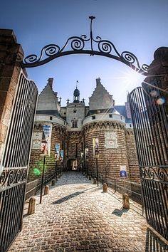 Entrée du Chateau des Ducs de Bretagne, Nantes (Loire-Atlantique, Pays-de-la-Loire, FRANCE)