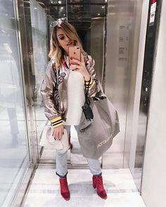 """153.8 mil curtidas, 675 comentários - Snapchat: heynahcardoso 👻 (@nahcardoso) no Instagram: """"Aquela foto rápida pra registrar o look enquanto não entra ninguém no elevador da loja ✌🏻Siiiiim,…"""""""
