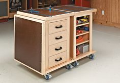 This handy pair of roll-around carts link together to form a large assembly table for your shop. Woodworking Furniture Plans, Woodworking Shop, Diy Furniture, Woodworking Projects, Workshop Storage, Workshop Organization, Woodsmith Plans, Assembly Table, Tool Cart