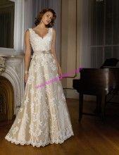 Imagem para quem não quer casar totalmente de branco esse é perfeito !
