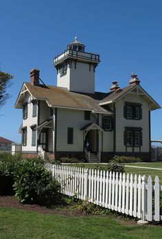 Point Fermin Lighthouse, Los Angeles, California by Karl Agre, M.D., via Flickr