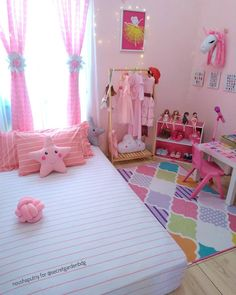 Home Decoration Livingroom .Home Decoration Livingroom Little Girl Bedrooms, Bedroom Decor For Teen Girls, Small Room Bedroom, Girls Room Design, Girl Bedroom Designs, Cute Room Decor, Baby Room Decor, Daughters Room, Decoration