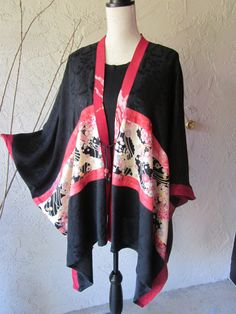 Beautiful Cape Jacket With Japanese Fabric Trim.     For more info, please check our Social Media:  Facebook: https://www.facebook.com/creativeaccentsbyaimee Instagram: https://instagram.com/creative.accents/ Etsy: http://aimeelie.etsy.com/
