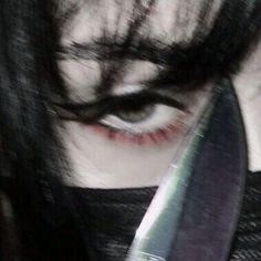 Grunge Goth, Esthétique Goth, Art Grunge, Grunge Tattoo, Black Grunge, Gothic Aesthetic, Bad Girl Aesthetic, Aesthetic Photo, Aesthetic Pictures