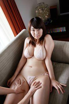 Iカップ100cmの超乳を持つグラドル松本菜奈実がエロい : 裏まとめ情報