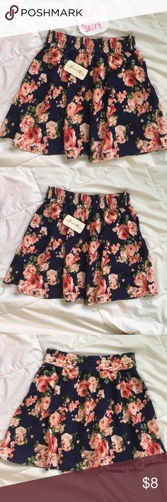 NWT forever21 skirt🌸 NWT forever21 skirt💗💗 never worn and in perfect condition! beautiful floral pattern perfect for spring and summer! Skirts Circle & Skater