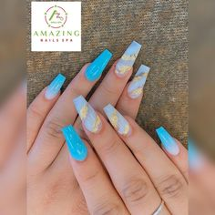 Blue ombre and gold flakes Modern Nails, Amazing Nails, Nail Spa, Blue Ombre, Flakes, Coffin, Fun Nails, Gold, Collection